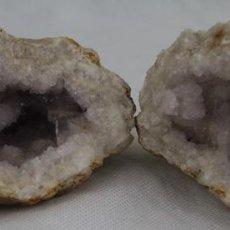 Coleccionismo de minerales: GEODA COMPLETA DE CUARZO,LONGITUD 10 CM.. Lote 74920459