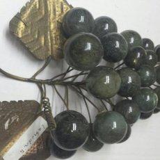 Coleccionismo de minerales: LABRADORITA EN RACIMO DE UVA CON BRONCE. Lote 77549710