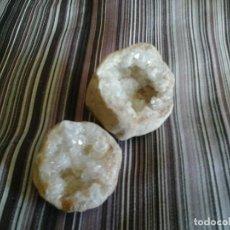 Coleccionismo de minerales: GEODA COMPLETA CUARZO O SIMILAR, PROCEDE ÁFRICA, COMPLETA, 98 GR Y 6 CMS. Lote 93213855
