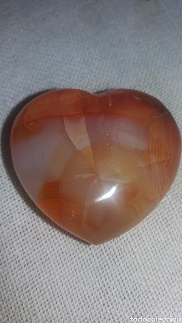 CUARZO FORMA DE CORAZÓN (Coleccionismo - Mineralogía - Otros)