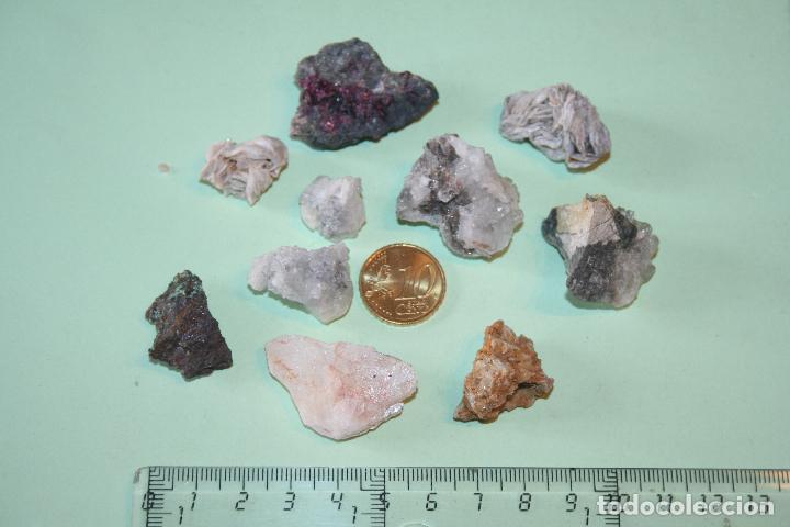 LOTE Nº 63 --) PIEDRAS MINERALES NATURALES MASIVAS (A CATALOGAR) (Coleccionismo - Mineralogía - Otros)