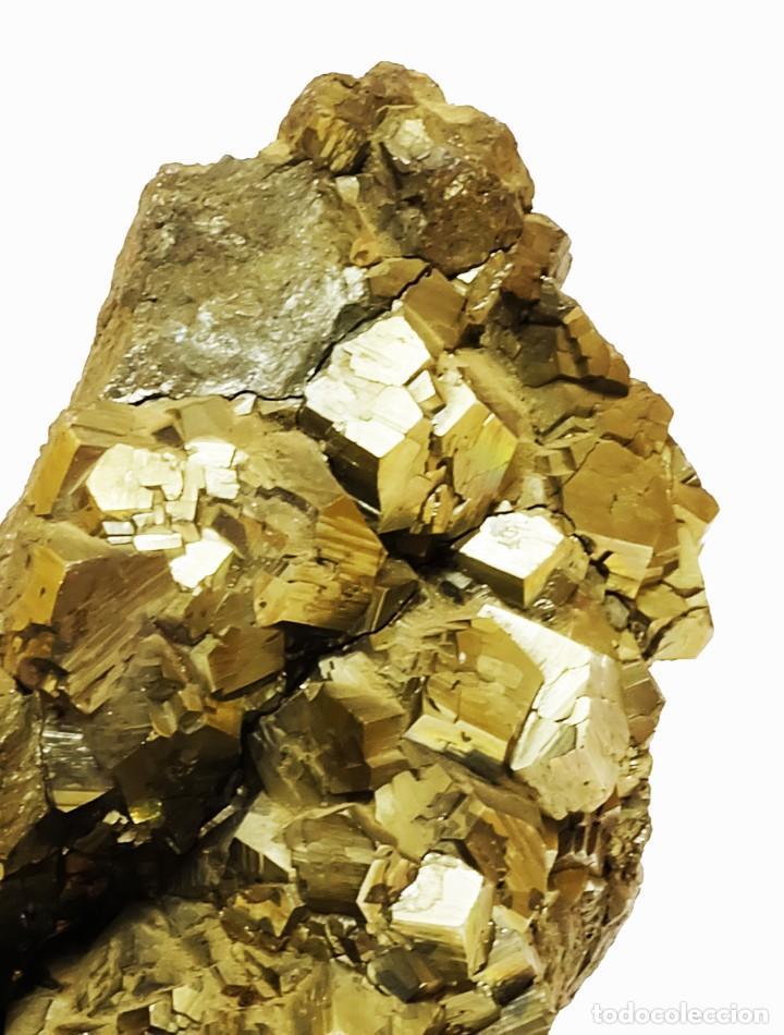 Coleccionismo de minerales: Gran Fragmento de 24cm. de Pirita EN SOPORTE DE EXPOSICIÓN Yacimiento de Quiruvilca en Perú - Foto 2 - 122454299