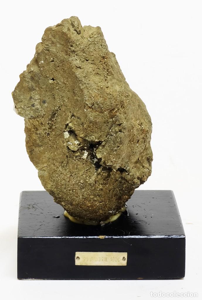 Coleccionismo de minerales: Gran Fragmento de 24cm. de Pirita EN SOPORTE DE EXPOSICIÓN Yacimiento de Quiruvilca en Perú - Foto 3 - 122454299