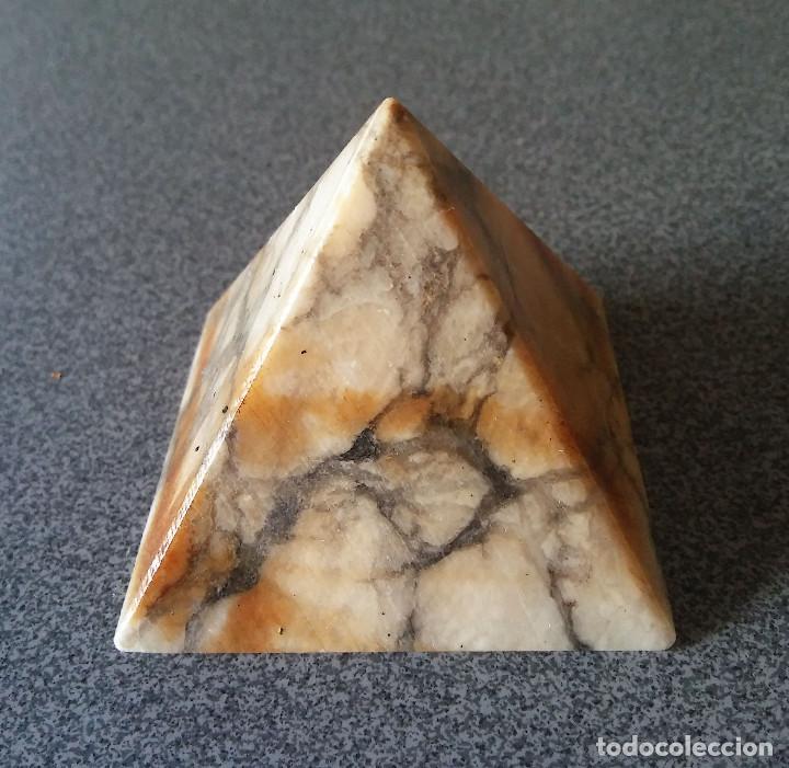 Coleccionismo de minerales: Piramide mármol - Foto 2 - 123047583