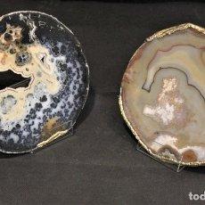 Coleccionismo de minerales: PAR DE PLACAS DE ÁGATA CON BORDE PARCIALMENTE DORADO.. Lote 128075191