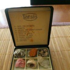 Coleccionismo de minerales: EXPOSITOR CON 9 MINERALES. Lote 135866898