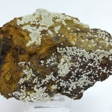 Coleccionismo de minerales: FLUORAPATITO +CALCIOFERRITA - MINERAL. Lote 140969868