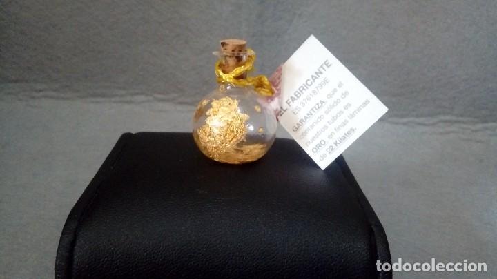 BOTE CON *ORO 22 KILATES* EN ESCAMAS O EN LAMINAS (CON CERTIFICADO) (Coleccionismo - Mineralogía - Otros)
