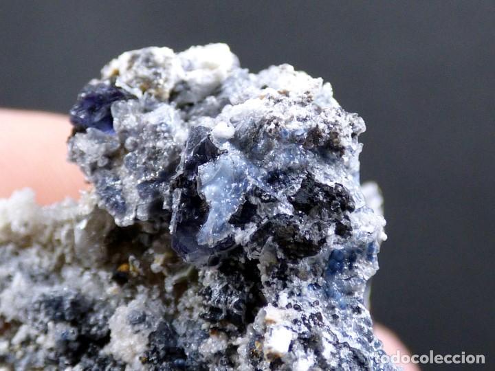 Coleccionismo de minerales: FD MINERALES: GRANATES ESPESARTINA SOBRE ORTOSA CON CUARZO, FLUORITA Y CALCEDONIA - CHINA - MLQ 141 - Foto 13 - 160275262