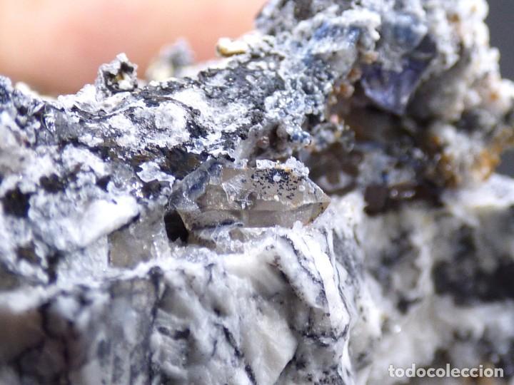 Coleccionismo de minerales: FD MINERALES: GRANATES ESPESARTINA SOBRE ORTOSA CON CUARZO, FLUORITA Y CALCEDONIA - CHINA - MLQ 141 - Foto 25 - 160275262