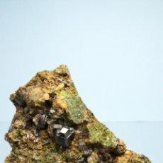 Coleccionismo de minerales: GRANATE - MINERAL. Lote 170918502