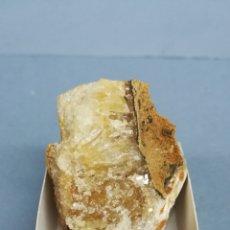 Coleccionismo de minerales: CALCITA - MINERAL. EN CAJA 4X4 CM. Lote 177742290