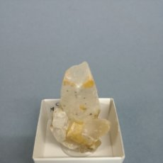 Coleccionismo de minerales: CALCITA - MINERAL. EN CAJA 4X4CM. Lote 187590701