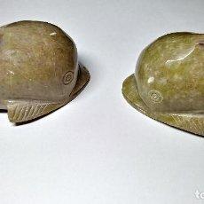 Coleccionismo de minerales: PAREJA DE DELFINES EN PIEDRA.. Lote 190120310
