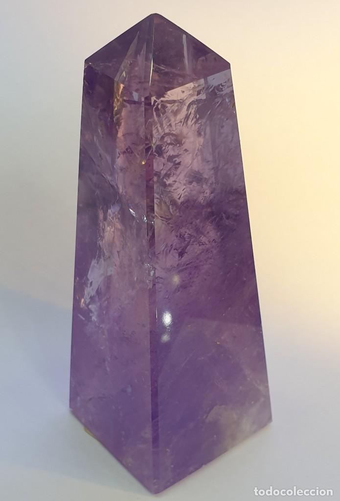 OBELISCO AMATISTA (Coleccionismo - Mineralogía - Otros)