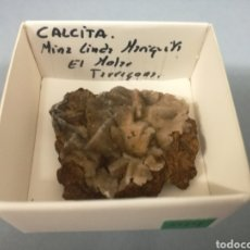 Coleccionismo de minerales: CALCITA - MINERAL. EN CAJA 4X4 CM. Lote 194722061