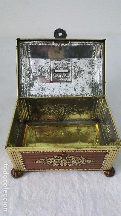 Coleccionismo de minerales: HUCHA HOJALATA ANTIGUA - Foto 6 - 194906446
