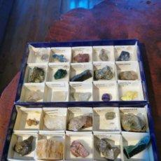 Collezionismo di minerali: COLECCIÓN DE 26 MINERALES - 2 CAJAS DE CARTÓN CON BANDEJAS, MERCURIO, AZURITA, MAGNETITA, GRAFITO... Lote 199130438