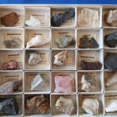 Coleccionismo de minerales: COLECCION DE 25 MINERALES DE ESPAÑA , AÑOS 1950-60. Lote 199482867