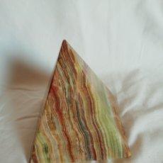 Coleccionismo de minerales: PIRÁMIDE DE ÁGATA. Lote 203232208