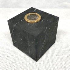 Coleccionismo de minerales: CUBO DE SHUNGIT 50X50 MM. MATE SHUNGITA SHUNGITE MATTE CUBE. Lote 203357853