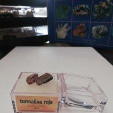 Coleccionismo de minerales: EL MUNDO DE LOS MINERALES TURMALINA ROJA. Lote 217251388