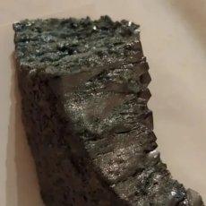 Coleccionismo de minerales: PIEDRA CARBORUNDUM COLOR GRIS VERDOSO. Lote 219186483