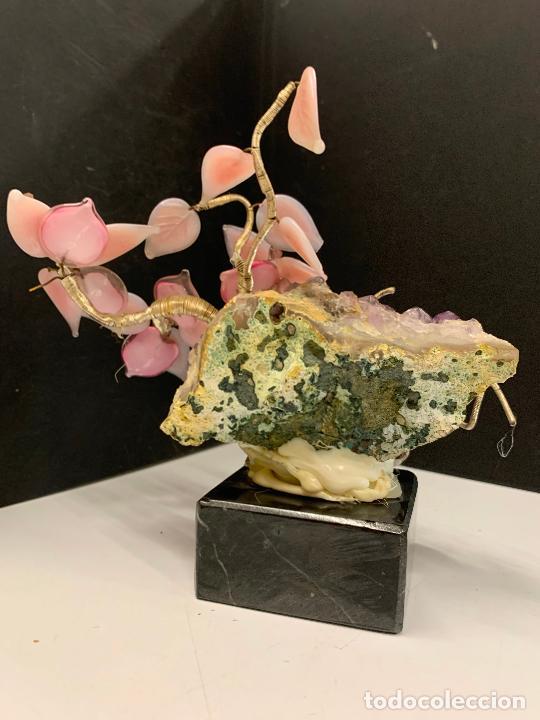 Coleccionismo de minerales: Precioso bonsai de murano, montado sobre una amatista autentica y peana de marmol - Foto 6 - 221822378