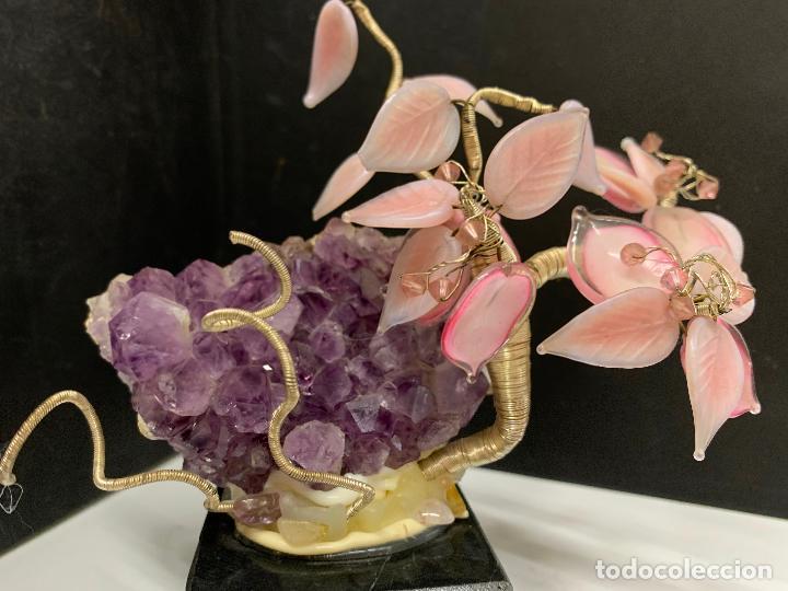 Coleccionismo de minerales: Precioso bonsai de murano, montado sobre una amatista autentica y peana de marmol - Foto 10 - 221822378