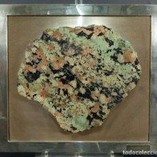 Coleccionismo de minerales: PIEDRA CALCOSITA ENMARCADA. Lote 222597297
