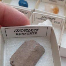 Coleccionismo de minerales: MINERAL VESUVIANITA FORMATO 4X4CM ( CAJA) ENVIO GRATIS LEAN TEXTO. Lote 223937928