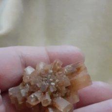 Coleccionismo de minerales: MINERAL CRISTAL ARAGONITE BUENA PIEZA ENVIO INCLUIDO LEAN TEXTO. Lote 223980906