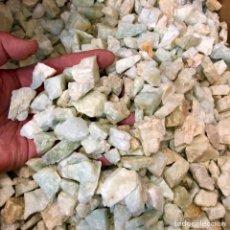 Coleccionismo de minerales: AGUAMARINA A GRANEL 20€ KG MUNAY MINERALES PALMA DE MALLORCA. Lote 236367420