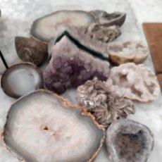 Coleccionismo de minerales: LOTE DE GEODAS, AMATISTA, CUARZO, ETC. Lote 242978075