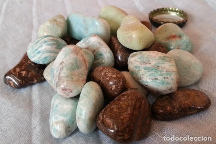 PIEDRAS Y MINERALES. 24 UNIDADES. (Coleccionismo - Mineralogía - Otros)