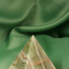 Coleccionismo de minerales: PIRÁMIDE DE ÁGATA NATURAL. ACTUAL. NATURAL AGATE PYRAMID.. Lote 254722040