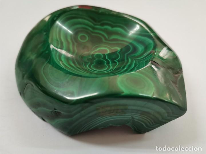 CENICERO DE MALAQUITA. S.XX. (Coleccionismo - Mineralogía - Otros)
