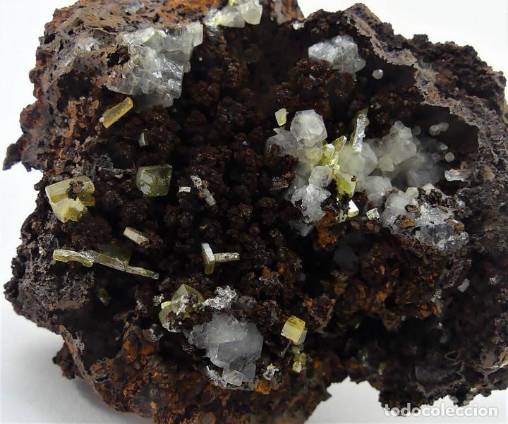 Coleccionismo de minerales: Wulfenita y Calcita, México - Foto 4 - 261115730