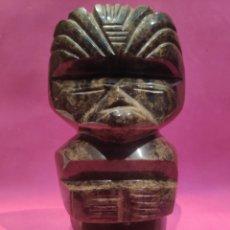 Coleccionismo de minerales: FIGURA DEIDAD AZTECA EN OBSIDIANA JASPEADA. Lote 281990063