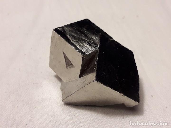 Coleccionismo de minerales: Magnifico gran lote colección de Piritas - Maclas de Piritas y Piritas Limonitizadas 100 piezas - Foto 14 - 285051328