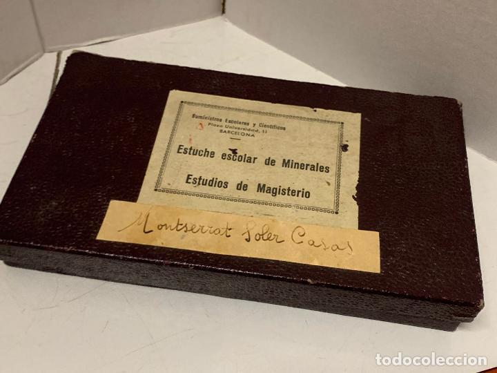 Coleccionismo de minerales: antiguo ESTUCHE ESCOLAR DE MINERALES. muy curioso... mide unos 18x10x2cms - Foto 2 - 288460163
