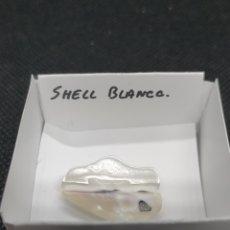 Coleccionismo de minerales: SHELL - MINERAL. CAJA 4X4. Lote 295692073