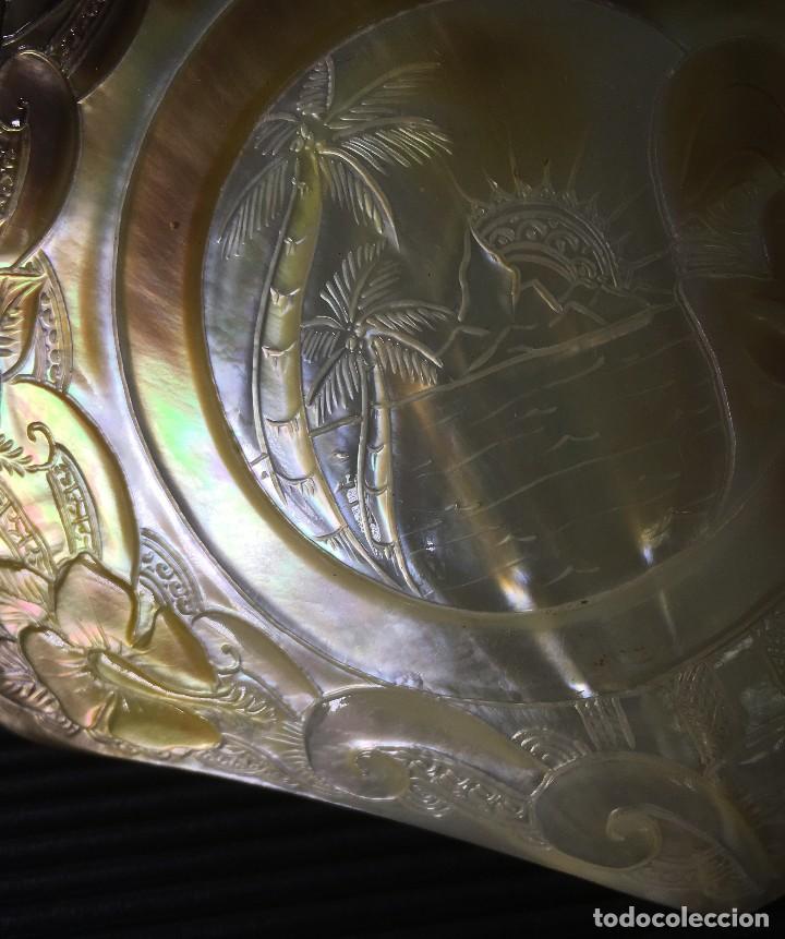 Coleccionismo de moluscos: EXTRAORDINARIA MADREPERLA DE NACAR TALLADA CON MOTIVOS AZTECAS. VER FOTOS - Foto 9 - 121001467