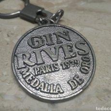 Coleccionismo de moluscos: LLAVERO GIN RIVES MEDALLA DE ORO PARÍS 1979. Lote 207887382