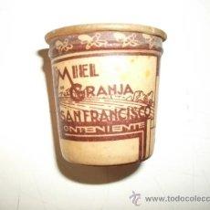 Coleccionismo Otros Botellas y Bebidas: VASO MIEL GRANJA SAN FRANCISCO – ONTENIENTE – ART DECO. Lote 207061983