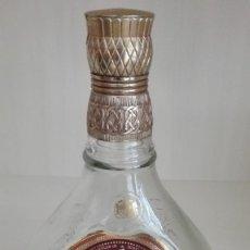 Coleccionismo Otros Botellas y Bebidas: BOTELLA VACIA JOHNNIE WALKER SWING. Lote 84228168