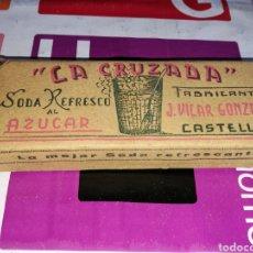 Coleccionismo Otros Botellas y Bebidas: PAQUETE SIN ABRIR DE SODA LA CRUZADA. CASTELLÓN. AÑOS 40. Lote 91830685
