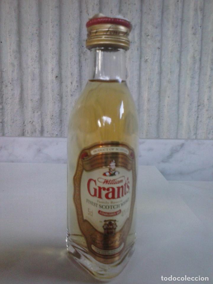 BOTELLIN WHISKY WILLIAM GRANT´S. MINI BOTELLA (Coleccionismo - Otras Botellas y Bebidas )