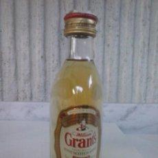 Coleccionismo Otros Botellas y Bebidas: BOTELLIN WHISKY WILLIAM GRANT´S. MINI BOTELLA. Lote 95463415