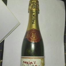 Coleccionismo Otros Botellas y Bebidas: BOTELLA CHAMPAGNE MAXIM'S CON BOMBONES. 1998. Lote 96188536